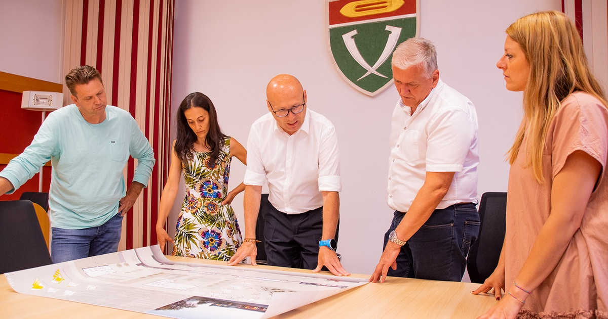 Nächter Stop bei der Gemeindetour: LHStv. Franz Schnabl besucht Gramatneusiedl und Maria Lanzendorf